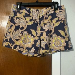 LOFT paisley/floral Patterned shorts